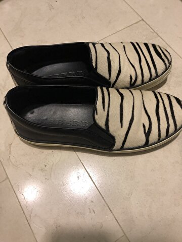 Zebra Desenli Burberry Loafer