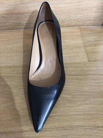 Hugo Boss Stiletto