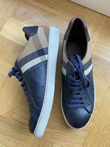 Mavi Burberry Sneakers