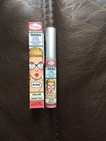 Pembe The Balm Ruj