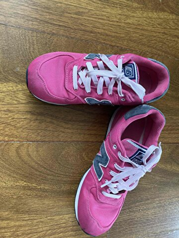 Pembe New Balance Sneakers