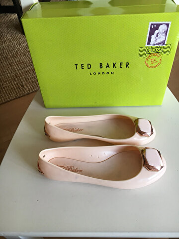 Pudra Ted Baker Babet 135 TL 0