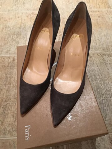 Gri Christian Louboutin Stiletto 2.750 TL 0