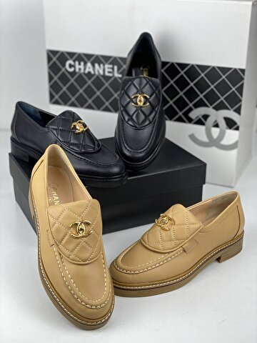 Ten Rengi Chanel Loafer