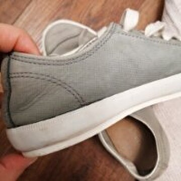 Lacoste Sneakers