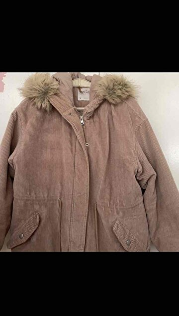 Pudra Pull & Bear Mont