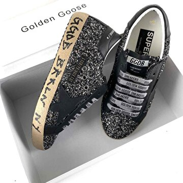 Golden Goose Deluxe Sneakers