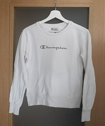 Beyaz Champion Sweatshirt
