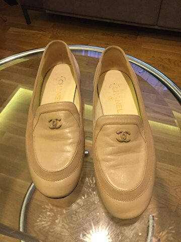 Krem Chanel Loafer