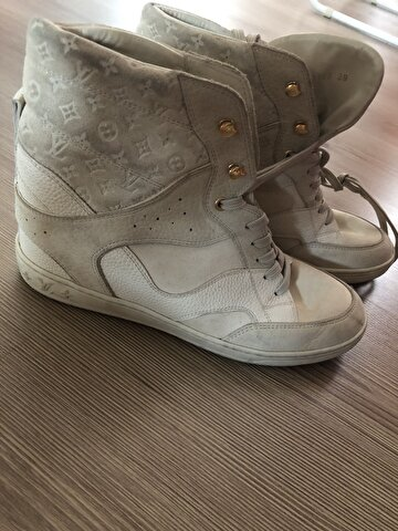 Bej Louis Vuitton Sneakers