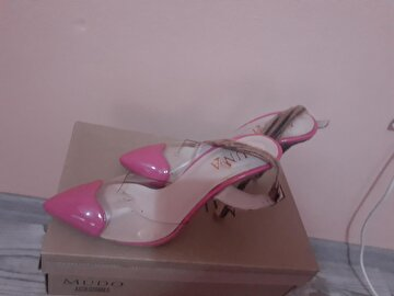 Pembe Luna Stiletto