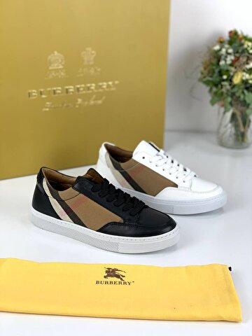 Beyaz Burberry Sneakers