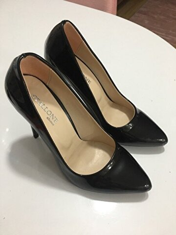 Siyah İnce Topuk Stiletto 65 TL 0