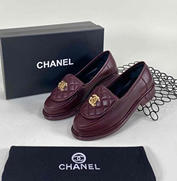 Bordo Chanel Loafer