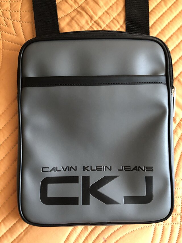Gri Calvin Klein Laptop/İpad Çantası 0
