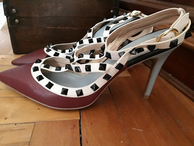 Bordo Valentino Stiletto 850 TL 1
