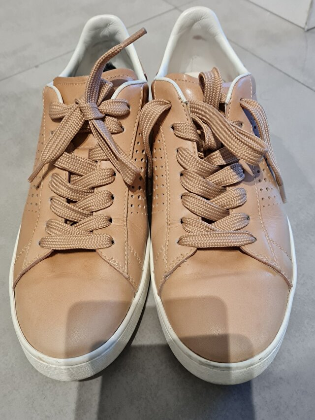 Camel Tod's Sneakers 1