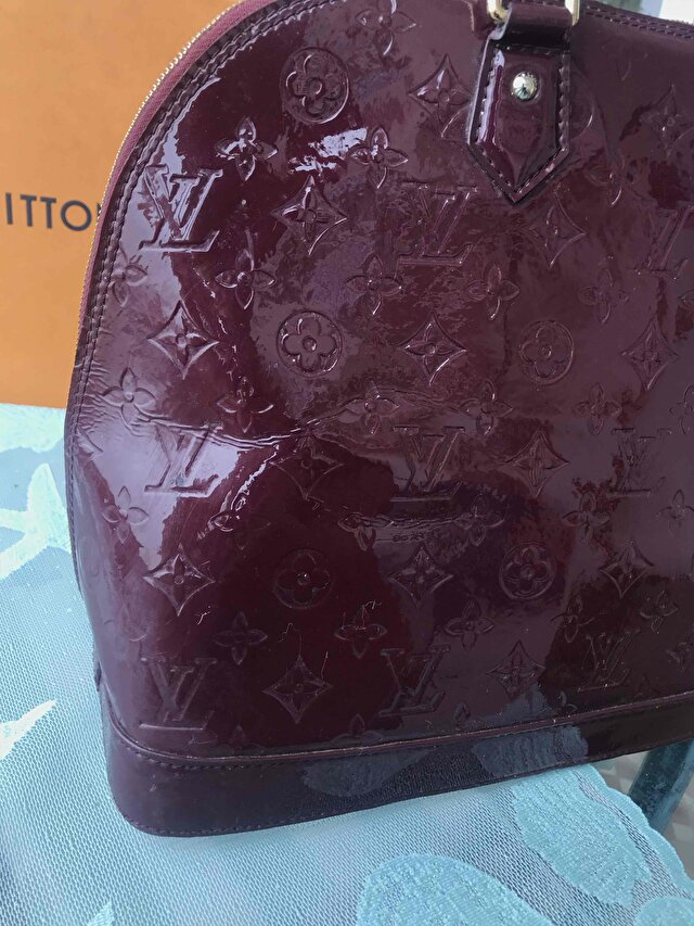 Bordo Louis Vuitton Kol Çantası 3