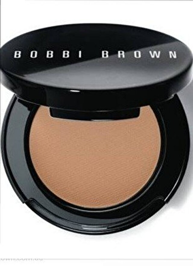 Bobbi Brown Pudra 130 TL 0