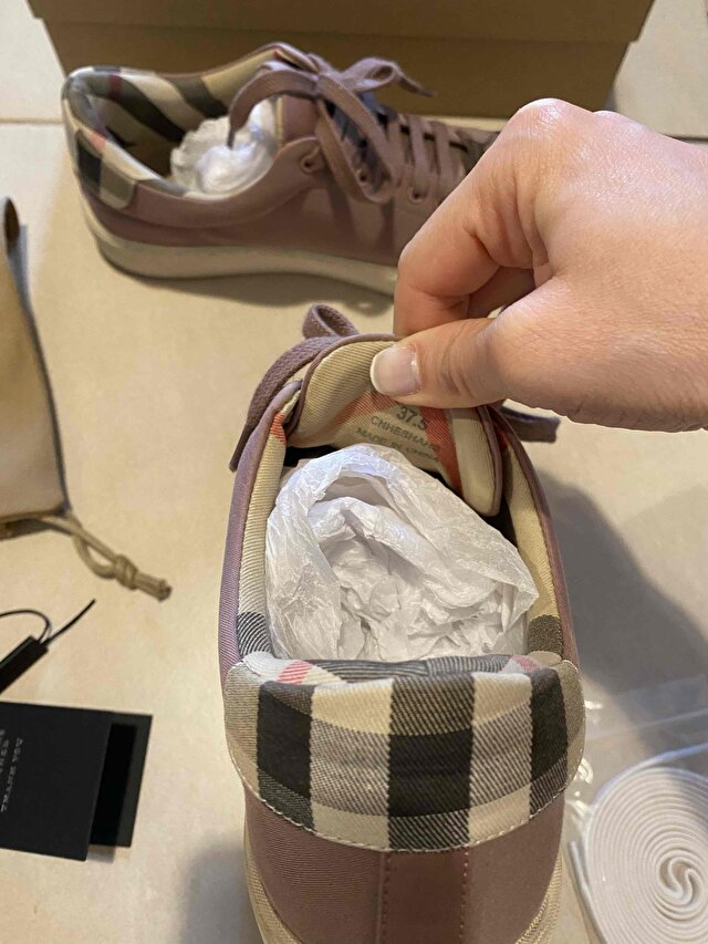 Pudra Burberry Sneakers 5