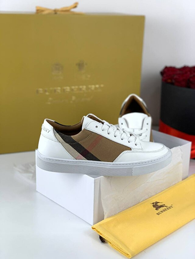 Beyaz Burberry Sneakers 5