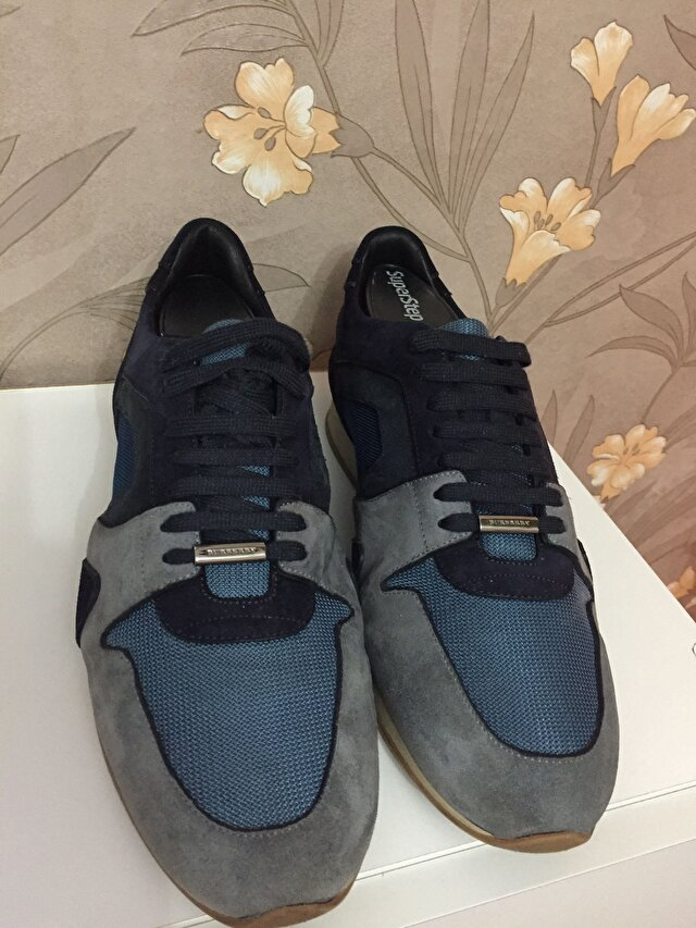 Burberry Sneakers 450 TL 0