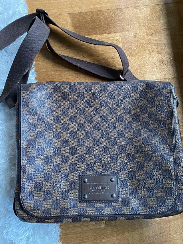Louis Vuitton - Damier Ebene Canvas Leather Brooklyn Gm Messenger Bag