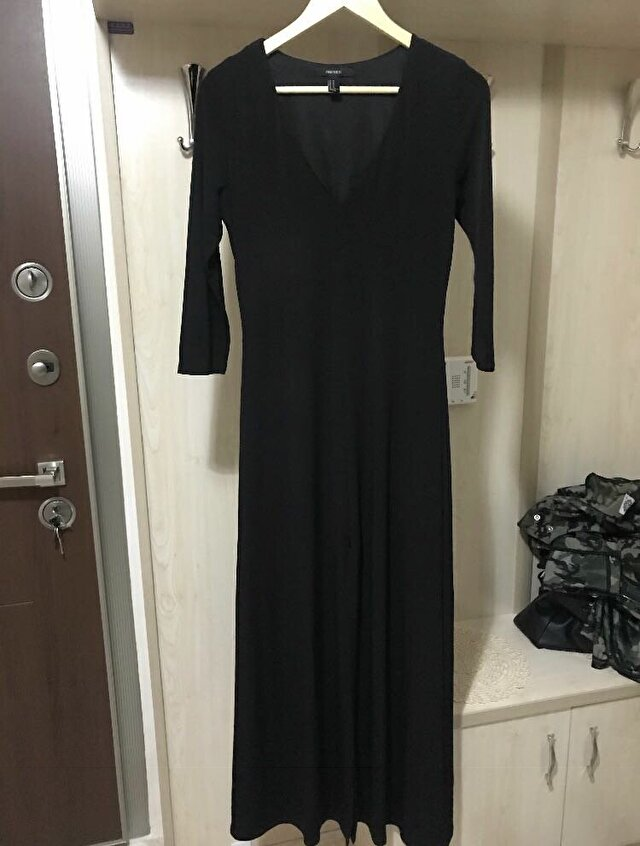 Siyah Forever 21 Maxi Elbise 300 TL 0