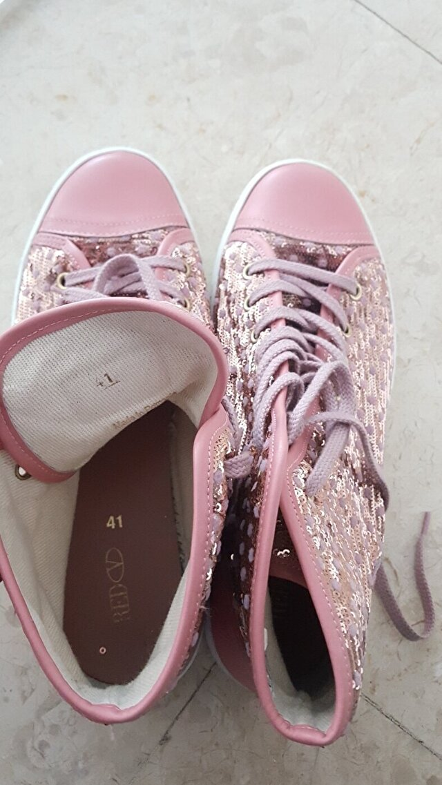 Pembe Red Valentino Sneakers 285 TL 1