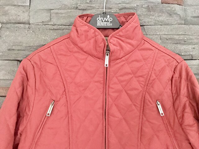Pembe Burberry Mont 1.125 TL 1
