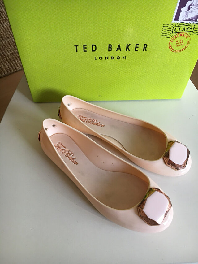 Pudra Ted Baker Babet 135 TL 2