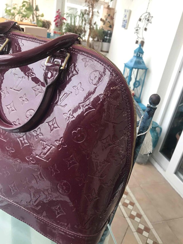 Bordo Louis Vuitton Kol Çantası 2