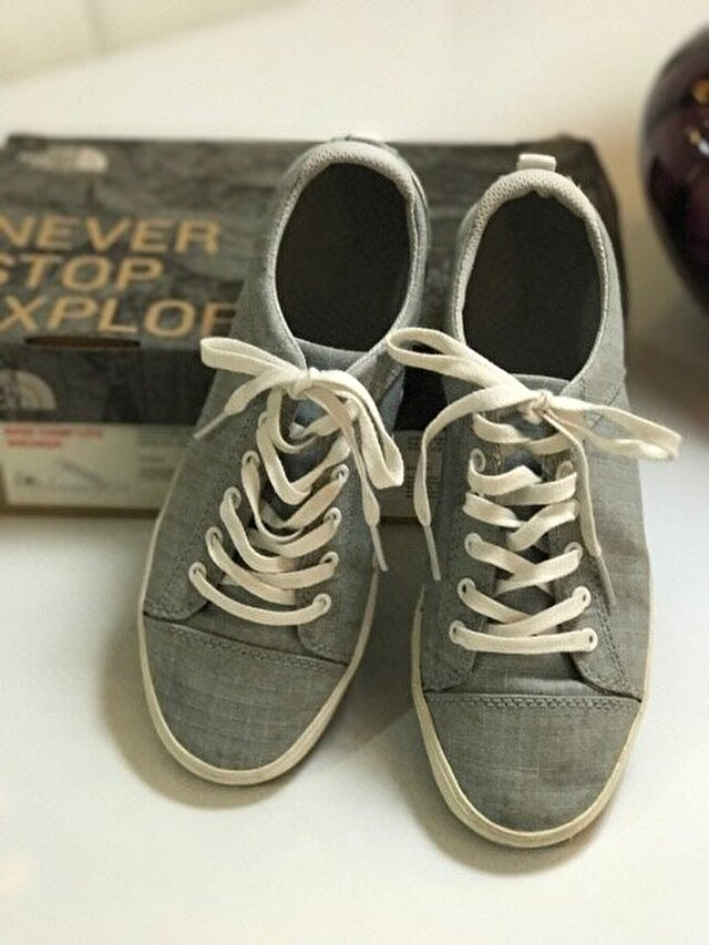 Gri The North Face Sneakers 100 TL 3