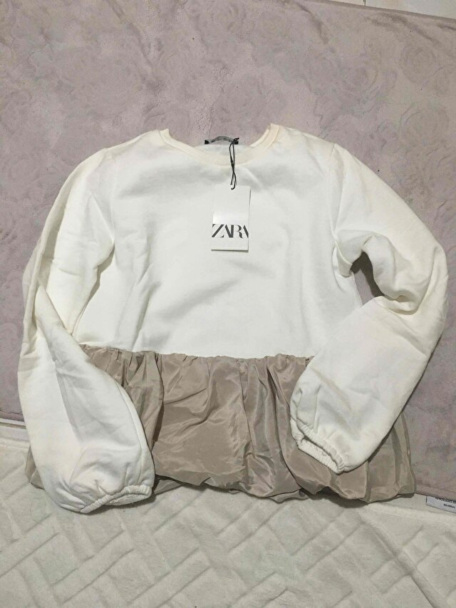 Zara sweat