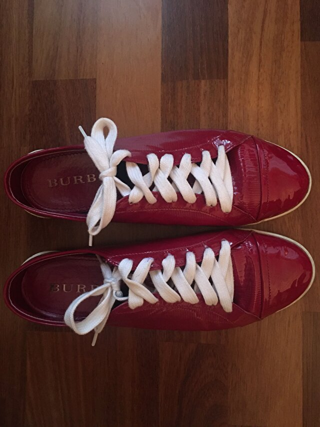 Pembe Burberry Sneakers 1.950 TL 0